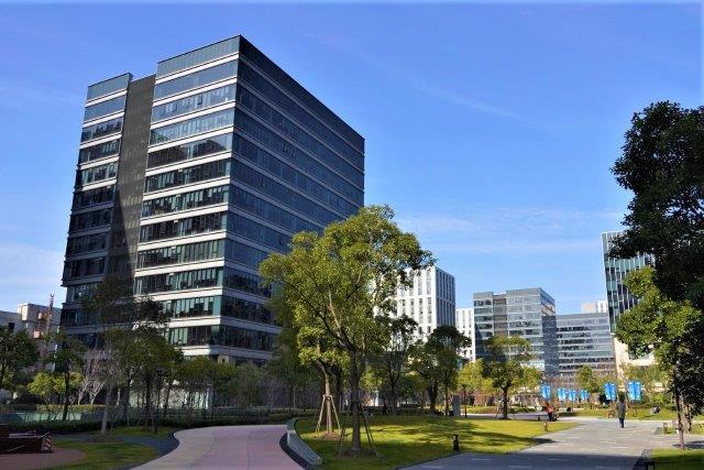 Deal magazine real estate investment finance 13092018 allianz und alpha investment akquirieren business park in shanghai spiritdancerdesigns Images