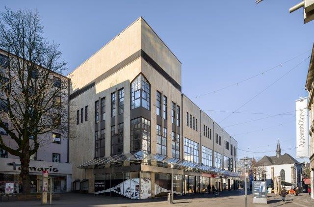 Schuhpark eröffnet Filiale im Gewerbegebiet Neustadt
