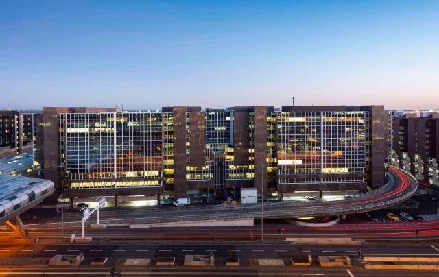 67df7713c006fe Die Godewind Immobilien AG kann bereits vier Monate nach dem Kauf des  Frankfurt Airport Centers (FAC)